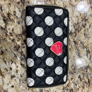 Betsey Johnson Wallet - Like New Condition